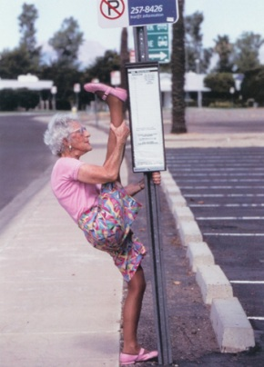 yoga-old-woman